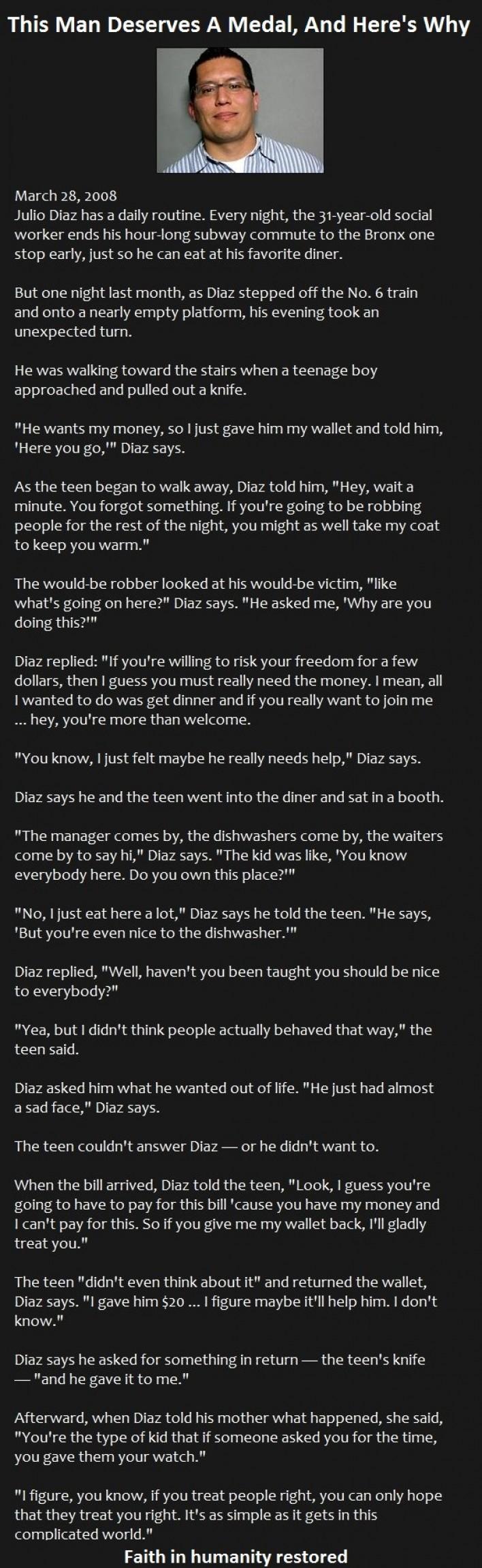 Man responds nonviolently to a mugger
